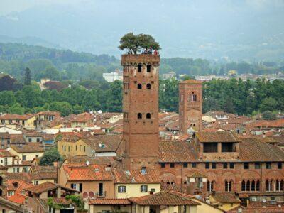 Overzicht stad Luca