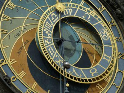 Reisgids Praag astronomische klok